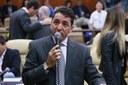 Aprovada moção de censura pública aos secretários municipais