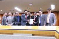 Câmara de Goiânia e UFG assinam convênio para implantação do Projeto Politizar