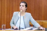 Cristina defende reserva de vagas para pessoas com deficiência em cargos comissionados da administração municipal