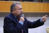Elias Vaz cobra solução definitiva para IMAS