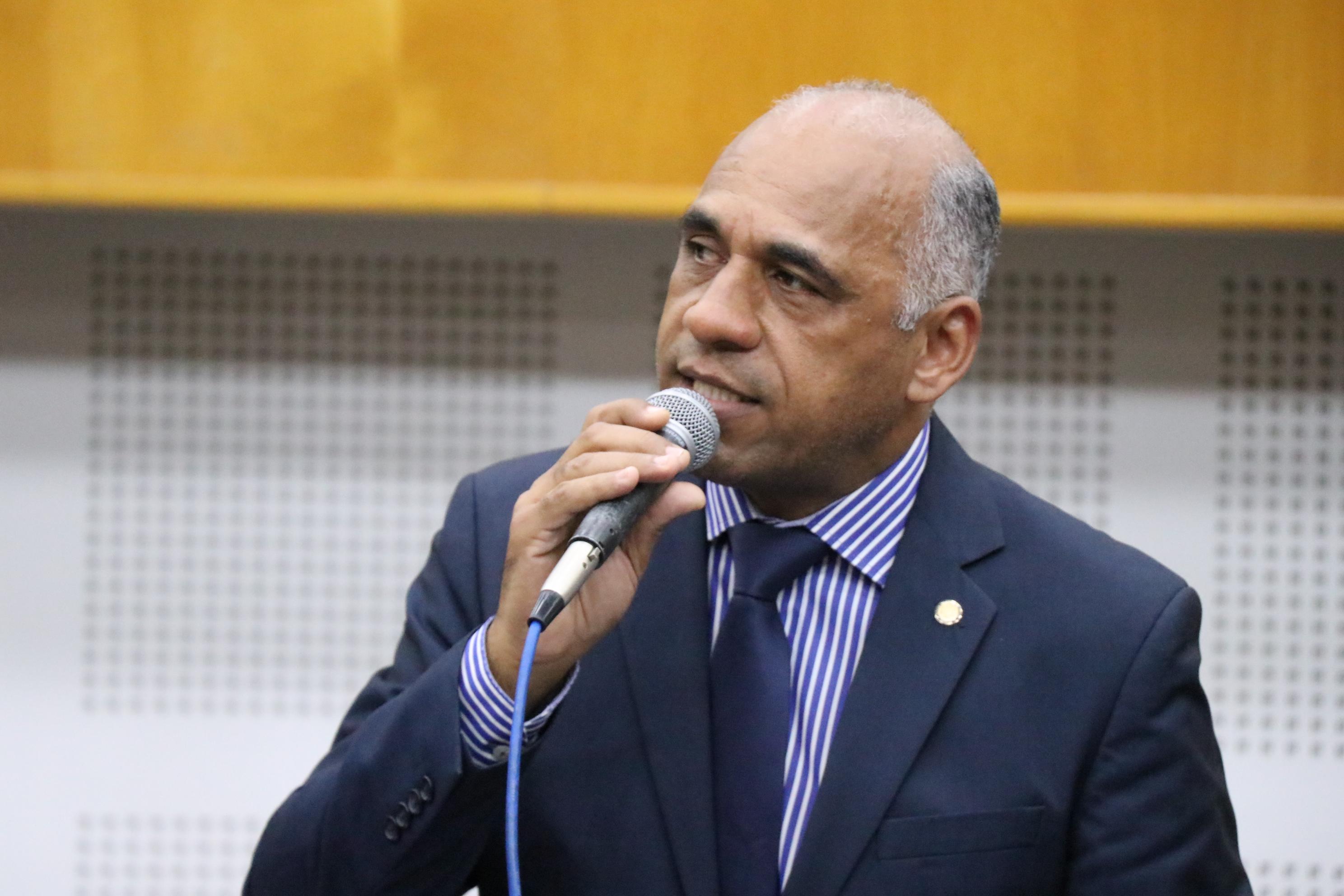 Matéria visa declarar de utilidade pública a Associação Rio da Vida