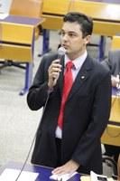 Paulinho Graus pede mais médicos no Posto de Saúde do Parque Buritis