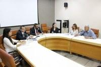 Paulo Magalhães realiza reunião para discutir direito dos idosos