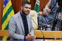 Policarpo discute com Ministério Público providências para convocar aprovados em concurso público