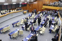 Presidente da Câmara autoriza licitações para melhorar a qualidade do serviço