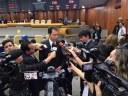 Presidente da Câmara fala à imprensa sobre concurso público da Casa e temas do momento