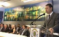 Presidente da Câmara prestigia posse de novos auxiliares da Prefeitura