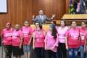 Representantes da Associação de Portadores de Câncer de Mama pedem ajuda ao legislativo