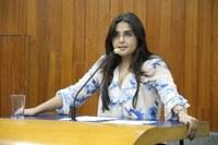 Sabrina sugere aplicativo para acompanhamento de alunos do Município