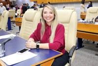 Tatiana Lemos propõe regulamentação de apresentações de rua