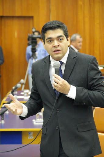 TAYRONE QUER IMPEDIR NOMEAÇÃO DE AGRESSORES DOMÉSTICOS PARA CARGOS PÚBLICOS