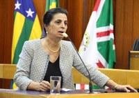 Vereadora Cristina Lopes propõe piso salarial mais digno para fisioterapeutas