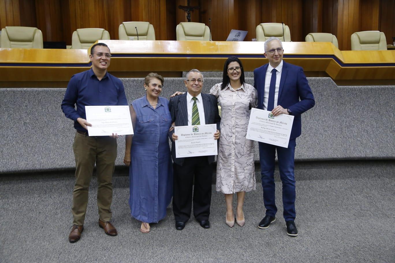 Vereadora Gabriela Rodart promove sessão solene em homenagem a psiquiatras de Goiânia