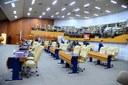 Vereadores reeleitos agradecem votação durante primeira sessão plenária após eleições