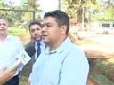 VÍDEO - Vereadores verificam denúncia de descarte de chorume