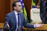"""Zander quer implantação de """"Ônibus 24 horas"""" na Capital"""